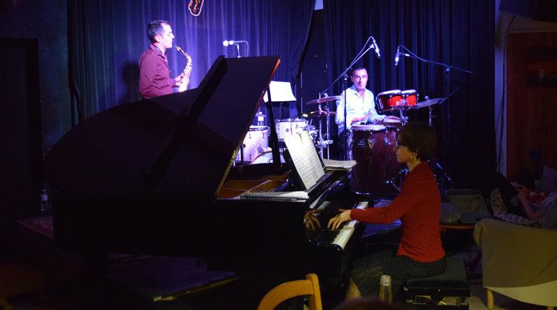 aliaga trio scene concert